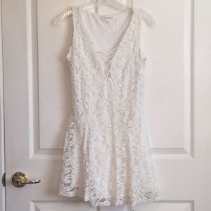 Love Tree Sz S White Lace Overlay Dress